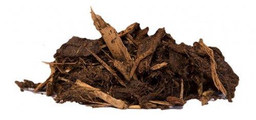 Dækbark fra Champost® Big-bag 2500 liter, Flis og bark - Champost® Dækbark Champost® Dækbark er bark fra de danske skove. Den giver en pæn mørk overflade fri for ukrudt. Det er 100 % naturprodukter og biologisk nedbrydelig. Dækbark fås i 50 ltr. sække og i BigBag. Dækbark fra Champost® Big-bag 2500 liter, Flis